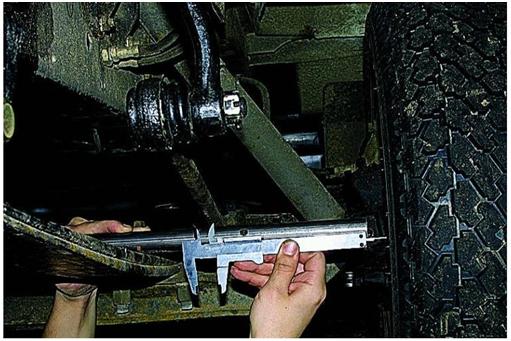 Использование штангенциркуля при сход развале Газель.